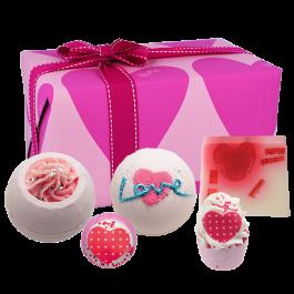 SET Bomb CosmeticsYou're So Cupid Gift Pack (W) zestaw upominkowy do kąpieli